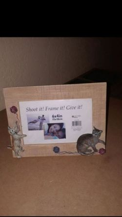 picture frame ( fits 6x 4 inch photo ) for Sale in Killeen,  TX