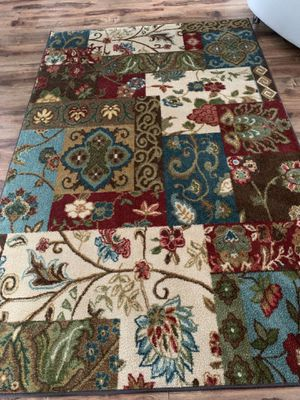 Beautiful rug !!! 5 x 8 for Sale in Vancouver, WA