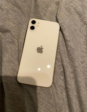 IPHONE 11 for Sale in Blacklick, OH