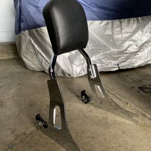 Dyna Sissy Bar W/ Quick Release for Sale in Bellwood, IL