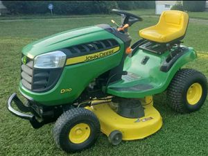 2011 john deere riding mower lawn tractor for Sale in New Franklin, OH