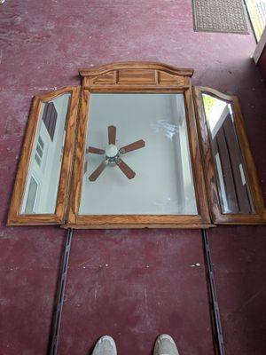 Large mirror for Sale in Columbus, OH