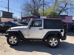 2011 Jeep Wrangler Rubicon 6Speed 4x4 for Sale in San Antonio, TX