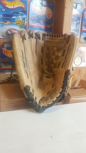 """Rawlings RTD Series Special Edition Baseball/Softball Glove , 13"""" for Sale in Whittier, CA"""