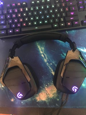 Logitech G633 Artemis Spectrum- RGB 7.1 Dolby and DTS Surround Sound Gaming Headset for Sale in Plano, TX