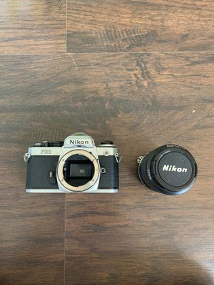 NIKON FE2 35mm SLR Film Camera w/ Nikon NIKKOR 35-105mm Lens for Sale in Galloway, OH