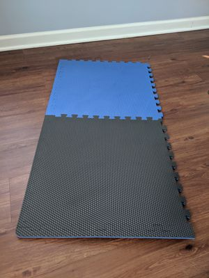 4-pack (2 shown) of foam flooring tiles for gym/home exercise or garage for Sale in Audubon, PA