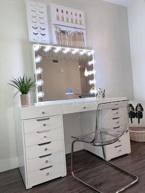 Makeup vanity mirror makeup mirror with lights fenty beauty urban decay nars morphe kat von d Bobbi brown anastasia Beverly Hills vanity table for Sale in Ontario, CA
