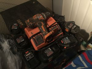 Ridgid Lithium 18v cordless drill, charger and 7 batteries battery for Sale in Asheville, NC