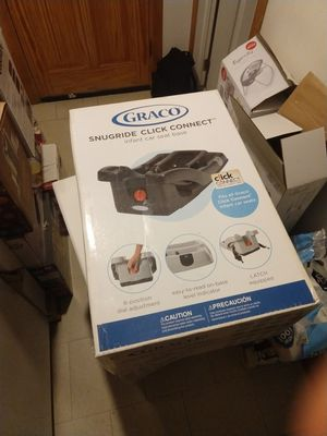 Graco snugride click connect carseat for Sale in Chicago, IL