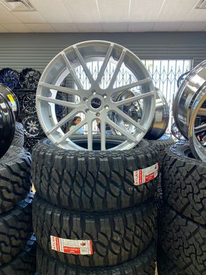 26x10.5 MONKEY RIMS AND TIRES 3053526 for Sale in Phoenix, AZ