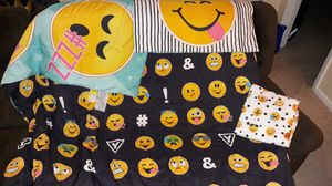Twin Emoji Bedding for Sale in Lithia Springs, GA