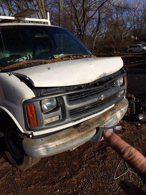 1495$. Chevy exprés 3500 6.5 diesel 379 millas. Tengo las partes para el frente incluidas motor está bueno for Sale in Manassas, VA