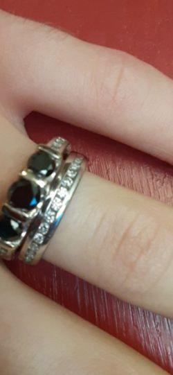 Black & White Diamonds Wedding Ring Set for Sale in Mountlake Terrace,  WA