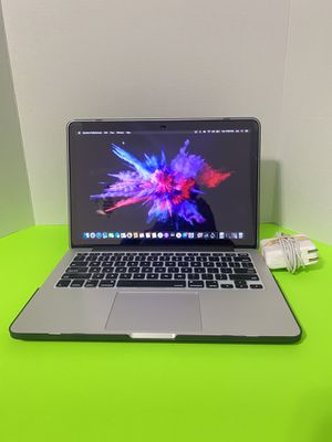 Apple MacBook Pro (Retina, 13-in, 8GB ,i5 ,256GB SSD -Extra video and music programs for Sale in Arlington, TX