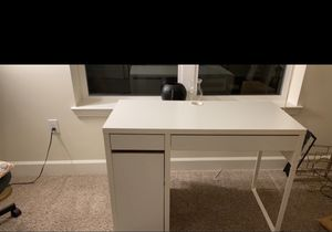 Home desk neatly used for Sale in Upper Marlboro, MD
