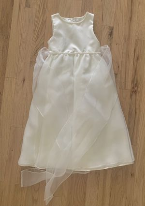 Flower girl / party dress / holiday girl dress size 3t for Sale in Miami, FL