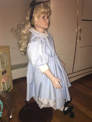 Antique Doll for Sale in Lowell, MA