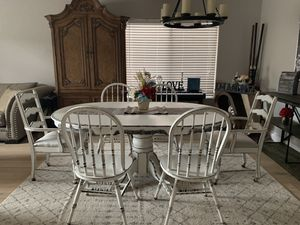 Gorgeous farmhouse kitchen dining table with leaf extension and 6 chairs white & black for Sale in Peoria, AZ