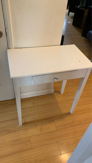 White table for Sale in Los Angeles, CA