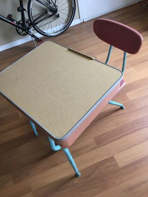Vintage Study Center kids desk for Sale in Long Beach, CA