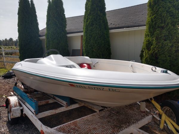 Bayliner jazz and Sea Ray rayder jet boat
