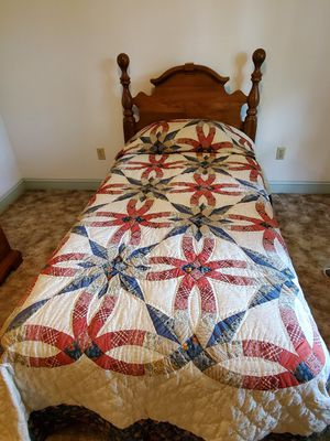 Twin Size Bed for Sale in Martinsburg, WV