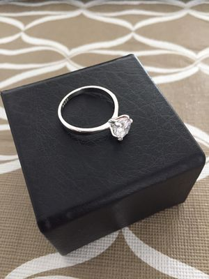 BRAND NEW SIZE 7  Solitaire Cut 1 Carat CZ DIAMOND 14K WHITE GOLD PLATED COLOR CLEAR GIFT BOX for Sale in Annandale, VA