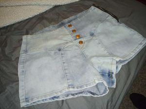 Nicki Minaj High Wasted Shorts Size 7/8 for Sale in Lodi, CA