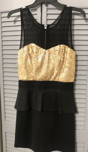 Black And Gold Dress for Sale in Hialeah, FL