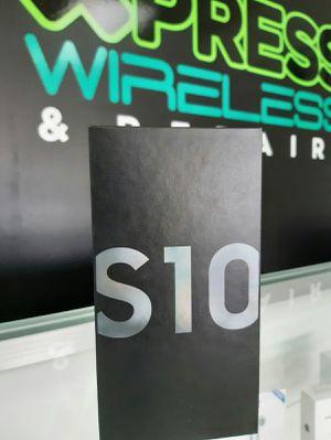 Samsung Galaxy S10 - NEW - 128 GB - Unlocked - Somos Tienda for Sale in Miami Shores, FL