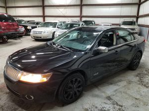 2009 LINCOLN MKZ 180K MILES V6 RUNS REALLY NICE AND CLEAN ONE OWNER for Sale in Farmington Hills, MI