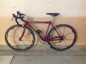 ROAD BIKE CANNONDALE 18 SPEED EXCELLENT CONDITION for Sale in Miami, FL