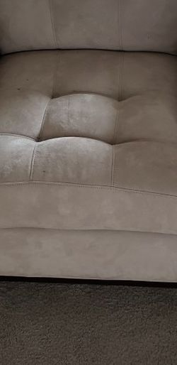 Light Beige Chair for Sale in Federal Way,  WA