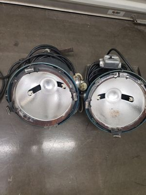 2 Colortron Open Face Lights for Sale in Fontana, CA