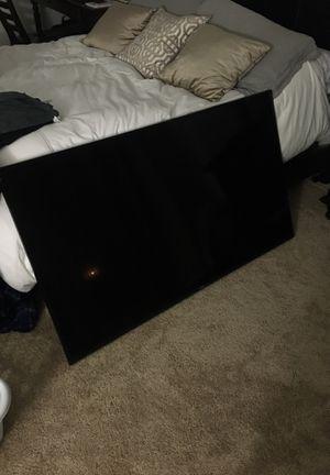"Samsung smart tv 4k 60"" for Sale in San Bernardino, CA"