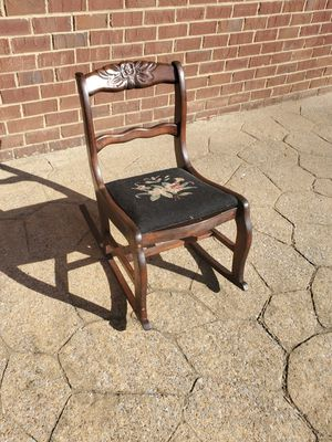 Antique needle point rocking chair for Sale in Lebanon, TN