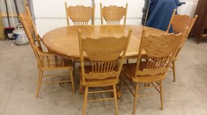 Oak Table and 6 Chairs for Sale in Palmerton, PA