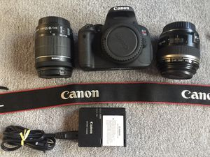 Canon EOS rebel T5i 18.0 megapixel digital SLR camera kit with 18–55 mm and 60 mm macro lens for Sale in PLYMOUTH MTNG, PA