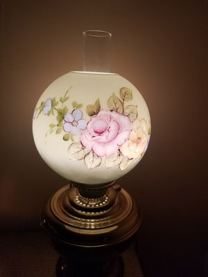 Antique Gone with the wind lamp hand painted for Sale in Miami, FL