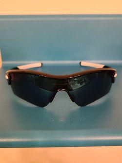 Oakley mens sunglasses excellent condition for Sale in Newcastle,  WA