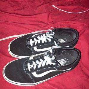 size 9(mens) vans for Sale in Raleigh, NC