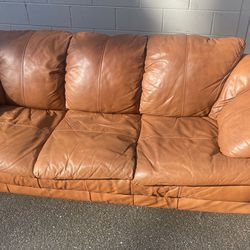 Leather Coach for Sale in Arlington,  WA