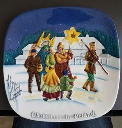 Royal Doulton Christmas in Poland Limited Edition Plate for Sale in Germantown,  MD