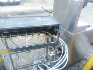 Soda dispenser. Used soda dispenser with tank ready to use. for Sale in Tampa, FL