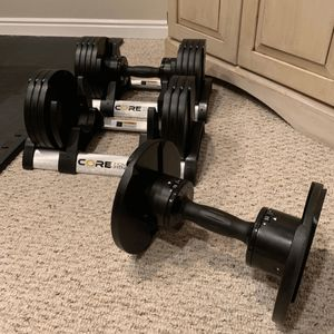 Core Fitness Adjustable Dumbbell Weight Set In Hand for Sale in Belle Isle, FL