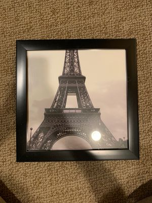 Eiffel Tower picture decor for Sale in Clarksburg, MD