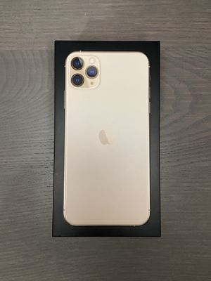 iPhone 11 Pro Max Gold 64GB Unlocked [6 months warranty left] for Sale in West Sacramento, CA