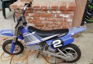 Razor Mx 350 Electric Motorcycle. Not working..great for parts. for Sale in Buena Park, CA