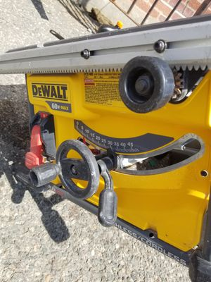 FLEXVOLT 60-Volt MAX Lithium-Ion Cordless Brushless 8-1/4 in. Table Saw (Tool-Only) for Sale in West Bridgewater, MA